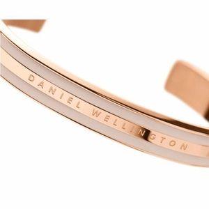 Classic Bracelet Cuff